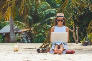 Cum sa-ti transformi viata intr-o vacanta devenind nomad digital