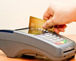Foc mocnit: Patronatele bancare dezaproba conversia creditelor prin lege
