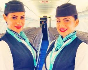 O companie de aviatie angajeaza insotitori de bord