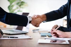 Cum sa-ti impresionezi potentialii parteneri de afaceri