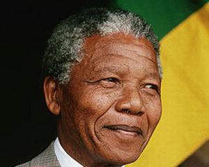 Interpretul oficial al ceremoniei de comemorare a lui Nelson Mandela, acuzat de impostura