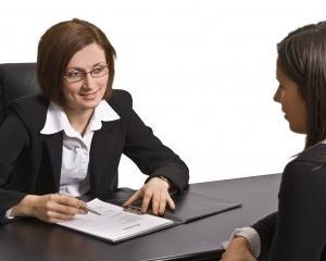 50% dintre angajatorii romani anunta cresterea salariilor si locuri noi de munca in 2015