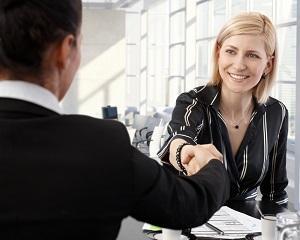 20 de raspunsuri inteligente la intrebarile dificile adresate la interviul de angajare
