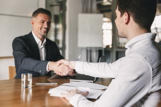 Cum sa te pregatesti corespunzator pentru un interviu de angajare