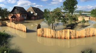 Grindina, furtuna si ploile torentiale au generat peste 96% din despagubirile platite fermierilor