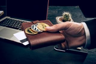 ASF avertizeaza romanii care investesc in criptomonede: Va puteti pierde banii
