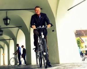 Presedintele Romaniei va indeamna sa mergeti cu bicicleta