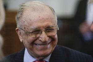 Primul termen in Dosarul Revolutiei debuteaza cu Ion Iliescu ABSENT din sala de judecata
