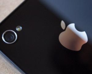 Hotul baiat bun: A furat iPhone-ul, i-a transcris pagubitului numerele de telefon pe hartie