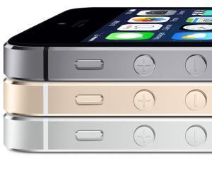 Burberry foloseste iPhone5 sa inregistreze show-ul de primavara/vara 2014