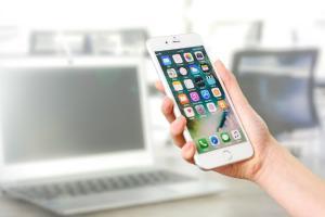 Apple interzice mineritul dupa criptomonede pe dispozitivele sale