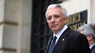 Prognoza de inflatie a BNR creste la 5,6% pentru sfarsitul anului, dar guvernatorul Isarescu promite ca va tine preturile in frau