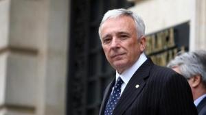Ce salarii mai au guvernatorul si prim-viceguvernatorul BNR
