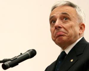 "ANALIZA: BNR ""latra"" legat de dobanzi, caravana bancilor merge spre profit"