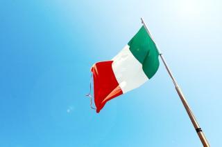 Italia impune 14 zile de carantina cetatenilor romani care vor sa intre pe teritoriul ei