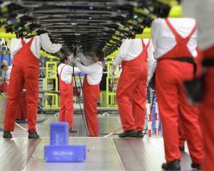 Japonezii ar putea demara productia de componente auto in Rusia