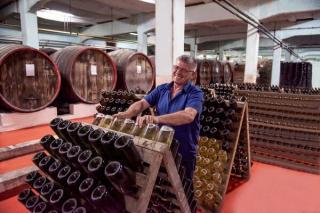Piata locala de vinuri se va reduce la 1,7 miliarde de lei in acest an