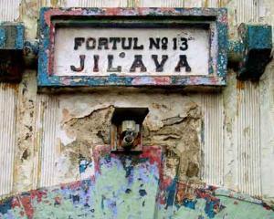 Editorial Dan Manusaride: Interviuri de la Jilava