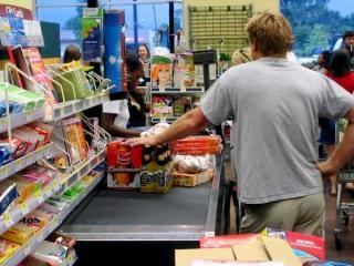 Magazinul din care cumperi ce vrei, fara sa platesti. Amazon revolutioneaza industria de retail, dar risca sa lase milioane de oameni fara job