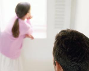 """""""Tata a fost concediat"""". Cum ii spui copilului tau ca nu mai ai job"""