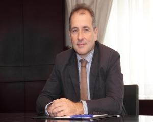 Banca Comerciala Carpatica finanteaza cu sapte milioane de euro o centrala fotovoltaica detinuta de Tinmar