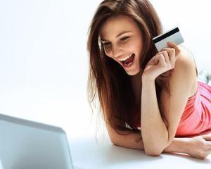 Libra Internet Bank lanseaza cardul Junior, special pentru minori