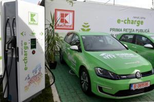 Clientii Kaufland Romania isi pot incarca gratuit masinile electrice in reteaua e-charge. Lista statiilor Kaufland din tara