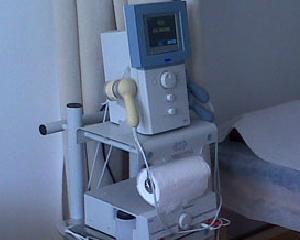 Studiu: Cum isi aleg romanii o clinica pentru tratamente de recuperare medicala