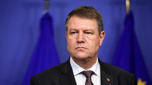 Iohannis a semnat decretele de numire in functie pentru noii ministri