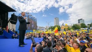 Klaus Iohannis in Piata Victoriei: Daca pierdem independenta justitiei, pierdem tot!
