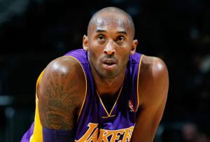 Legendarul baschetbalist Kobe Bryant a murit intr-un accident de elicopter, alaturi de fiica sa adolescenta