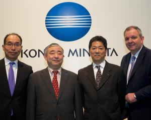 Konica Minolta aduce, la Ipex 2014, un produs MGI de lacuire selectiva