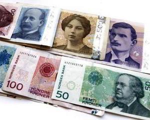Coroana norvegiana, rubla si zlotul s-au facut mici in fata euro