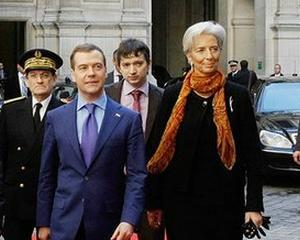 Lagarde a plecat, acum incep negocierile: Misiunea FMI soseste astazi