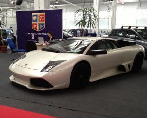 Super-masini, de vanzare la Exporom Auto & Moto Show