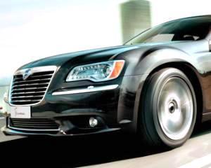 Ce masini rare isi mai cumpara romanii: Lancia, Lexus, Jaguar si Bentley