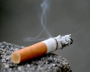 OFICIAL: Fumatul este interzis. Legea antifumat a fost declarata constitutionala de CCR