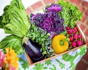 Se spala riguros fructele si legumele. Mai ales pe timp de canicula