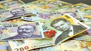 Salariul mediu net a scazut cu 14 lei, la 3.101 lei