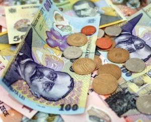 Leul atinge un nou minim fata de euro