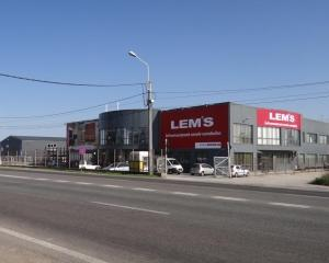 Lemet inaugureaza un nou magazin in Craiova