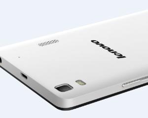Lenovo lanseaza primul smartphone multifunctional: camera foto si telefon inteligent
