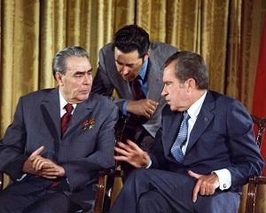 22 mai 1972: presedintele Nixon isi incepe prima vizita oficiala in URSS