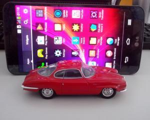 REVIEW LG Flex: Succesul acestui smartphone nu este dupa curba