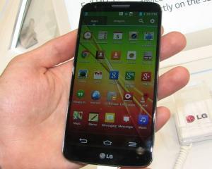 Vanzarile LG G2, afectate de popularitatea lui Nexus 5