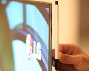 LG lanseaza televizorul OLED pe piata europeana