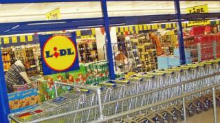 Lidl, anunt pentru toti clientii: cum se intra in magazine, dupa ce au intrat in vigoare restrictiile