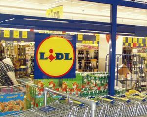 Lidl, inca trei magazine in Romania