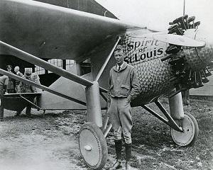 21 mai 1927: Charles A.Lindberg aterizeaza la Paris