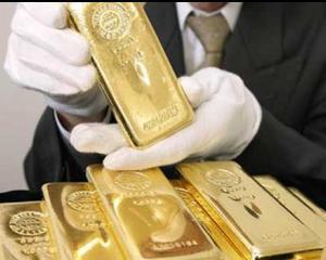 Aurul isi revine ca investitie sigura, dar nu destul de puternic